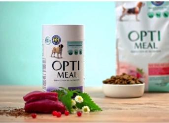 Огляд корму для собак Optimeal: відгуки та розбір складу